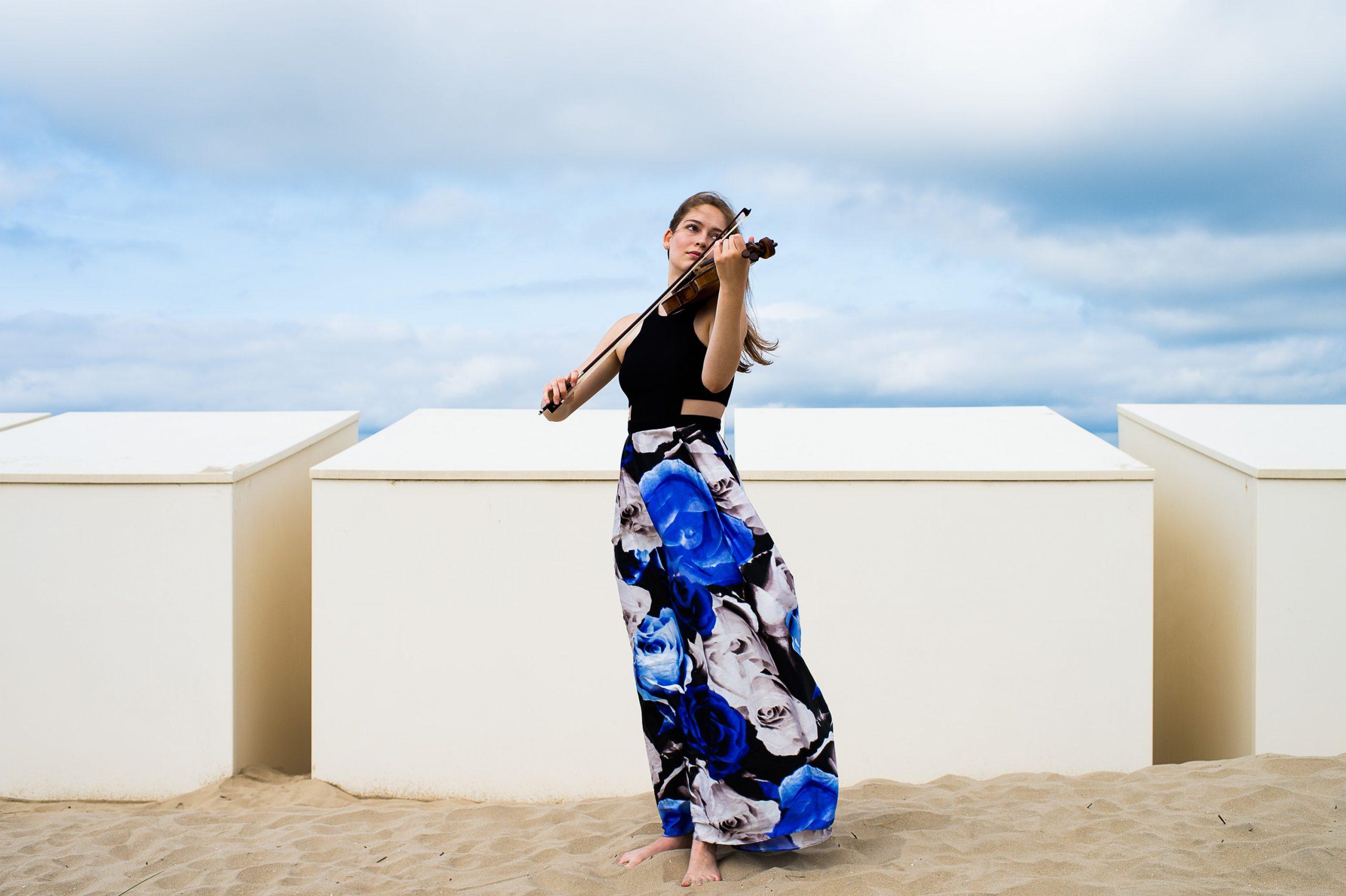 Geneva Lewis violinist